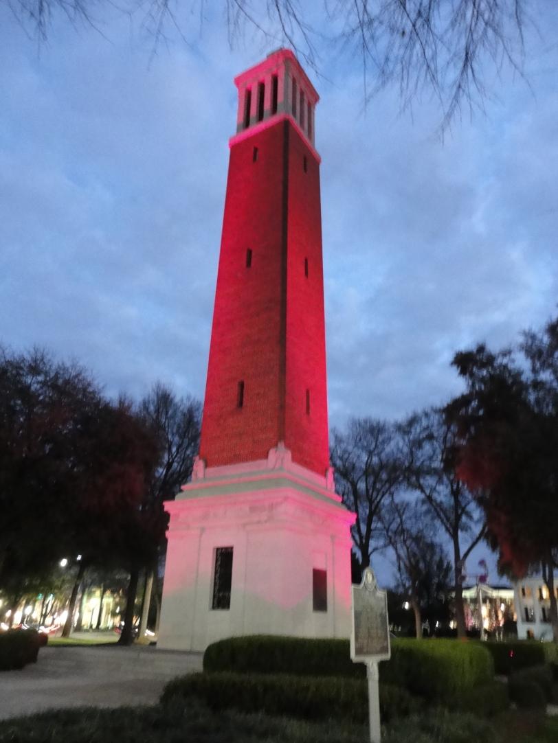 Pink Denny Chimes