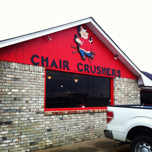 Strangely named restaurant in Oklahoma.