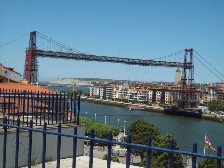 puente colgante hanging bridge